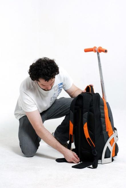 GigPack3-mochila-patinete