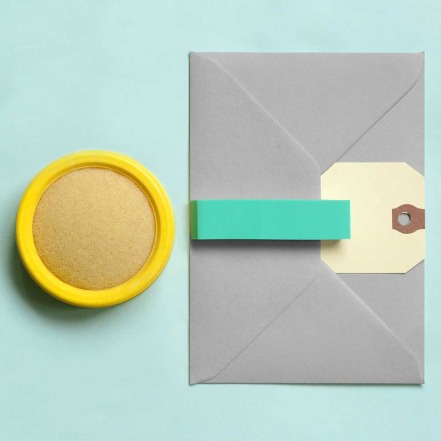 stationery-compositions-by-present-correct-designboom-09