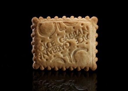 dolce-gabbana-cracker